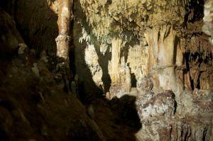 Dentro de la gruta